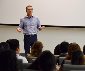 Gordon Hanson speaks to students