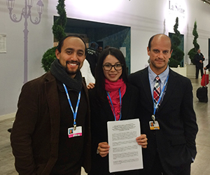 Joaquin Vallejo lobbies with colleagues at COP21